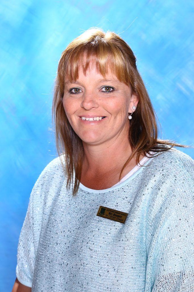 Mrs S. Hooper